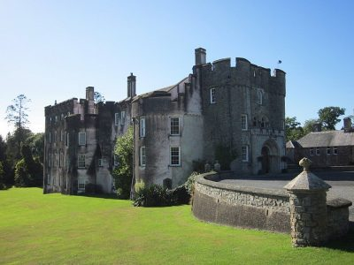 6 castles in Pembrokeshire Wales that you HAVE to visit!