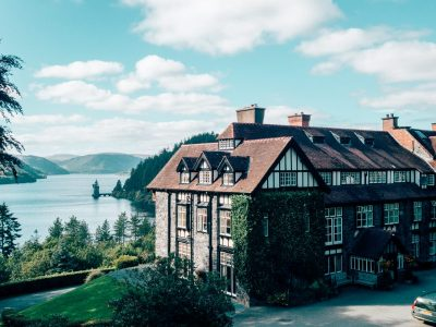 Hotels in Wales by a Lake